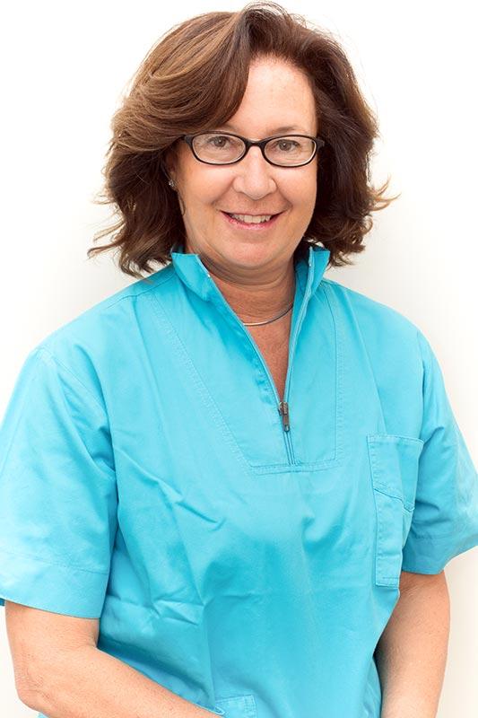 Dott. Chiara Brazzelli - Studio Dentistico Invernizzi Brazzelli