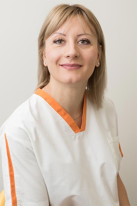 Dott. Mariana Rosca - Studio Dentistico Invernizzi Brazzelli